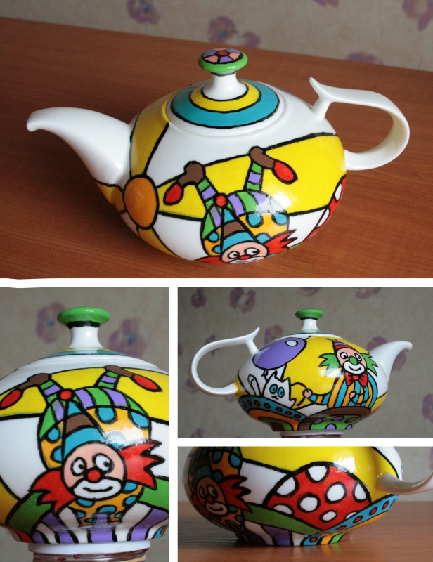 The teapot from the gift set with clowns, 2013